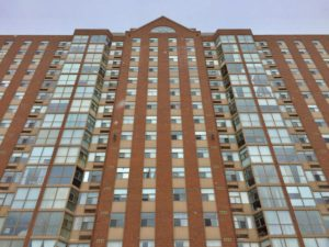 *RENTED* 2760 CAROUSEL CRES #807 – Great 2 Bedroom 2 Bath Condo Apartment For Rent!